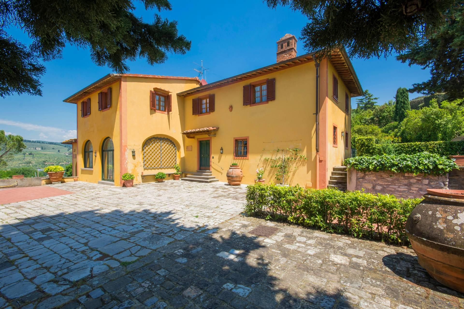 Charming Tuscan villa with views over Florence - 1