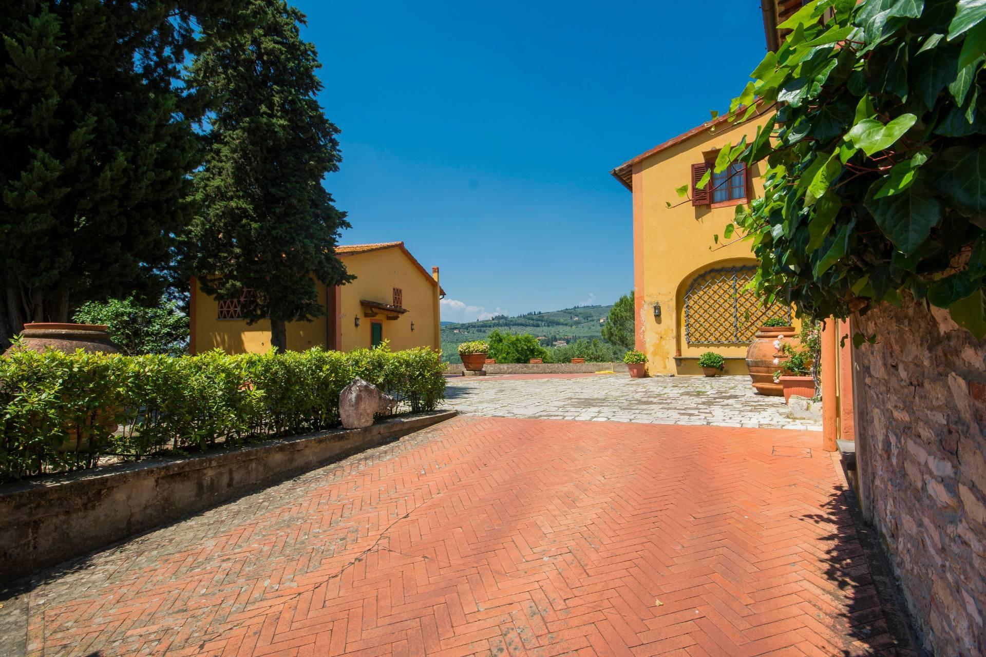 Villa storica con vista su Firenze - 32