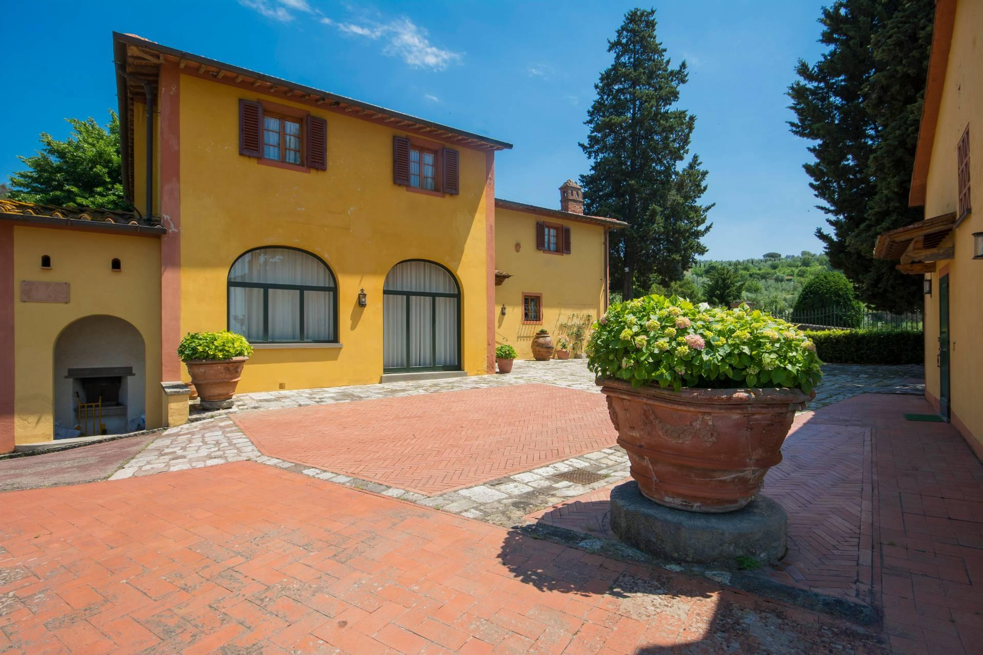 Villa toscane de charme avec vue sur Florence - 3