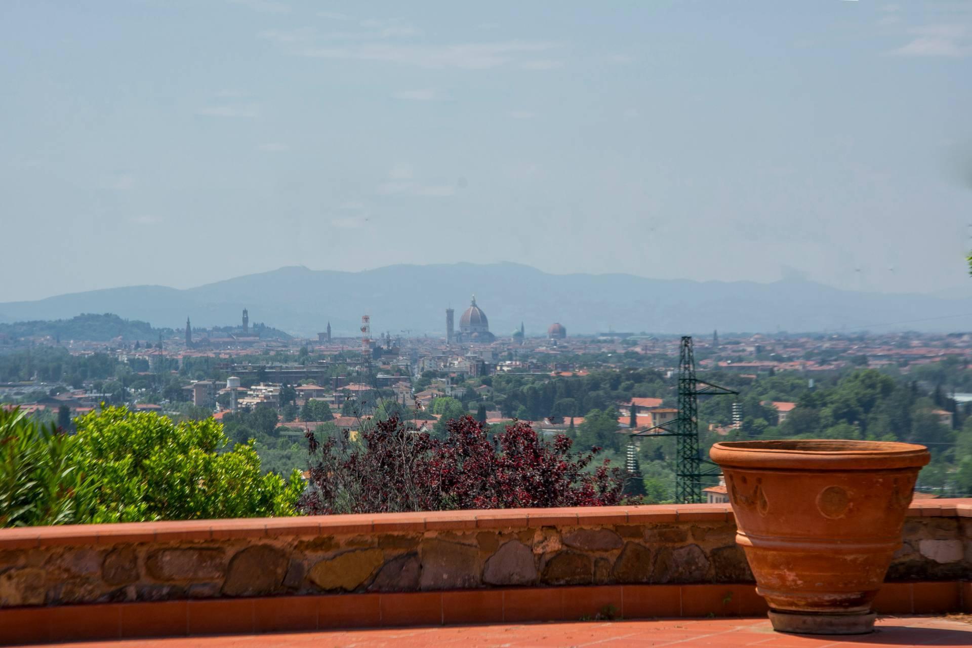 Villa toscane de charme avec vue sur Florence - 6