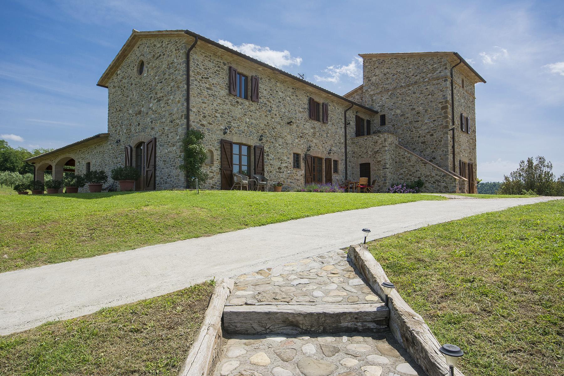 Eccezionale proprietà tra Toscana e Umbria - 2
