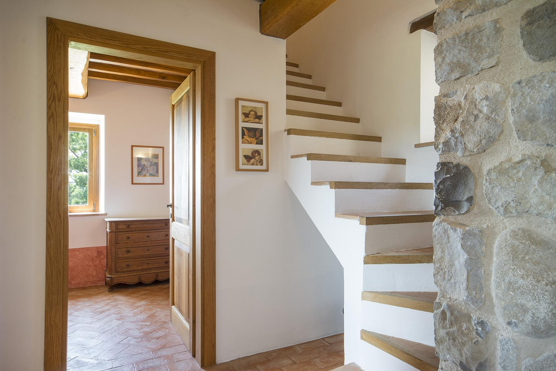 Exceptional property between Tuscany and Umbria - 19