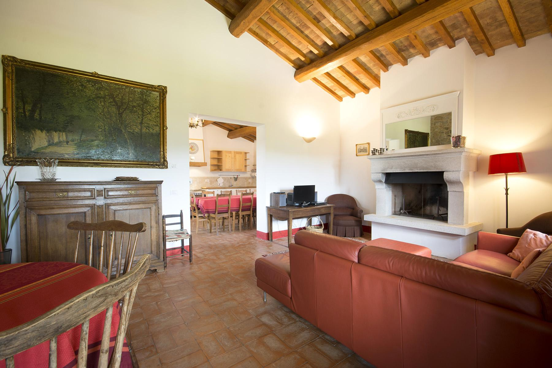 Exceptional property between Tuscany and Umbria - 13