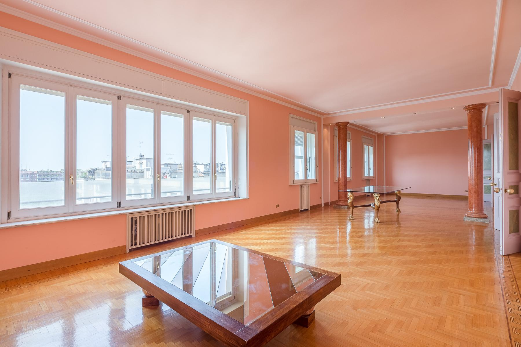 Exclusive apartment in Piazza della Repubblica - 3
