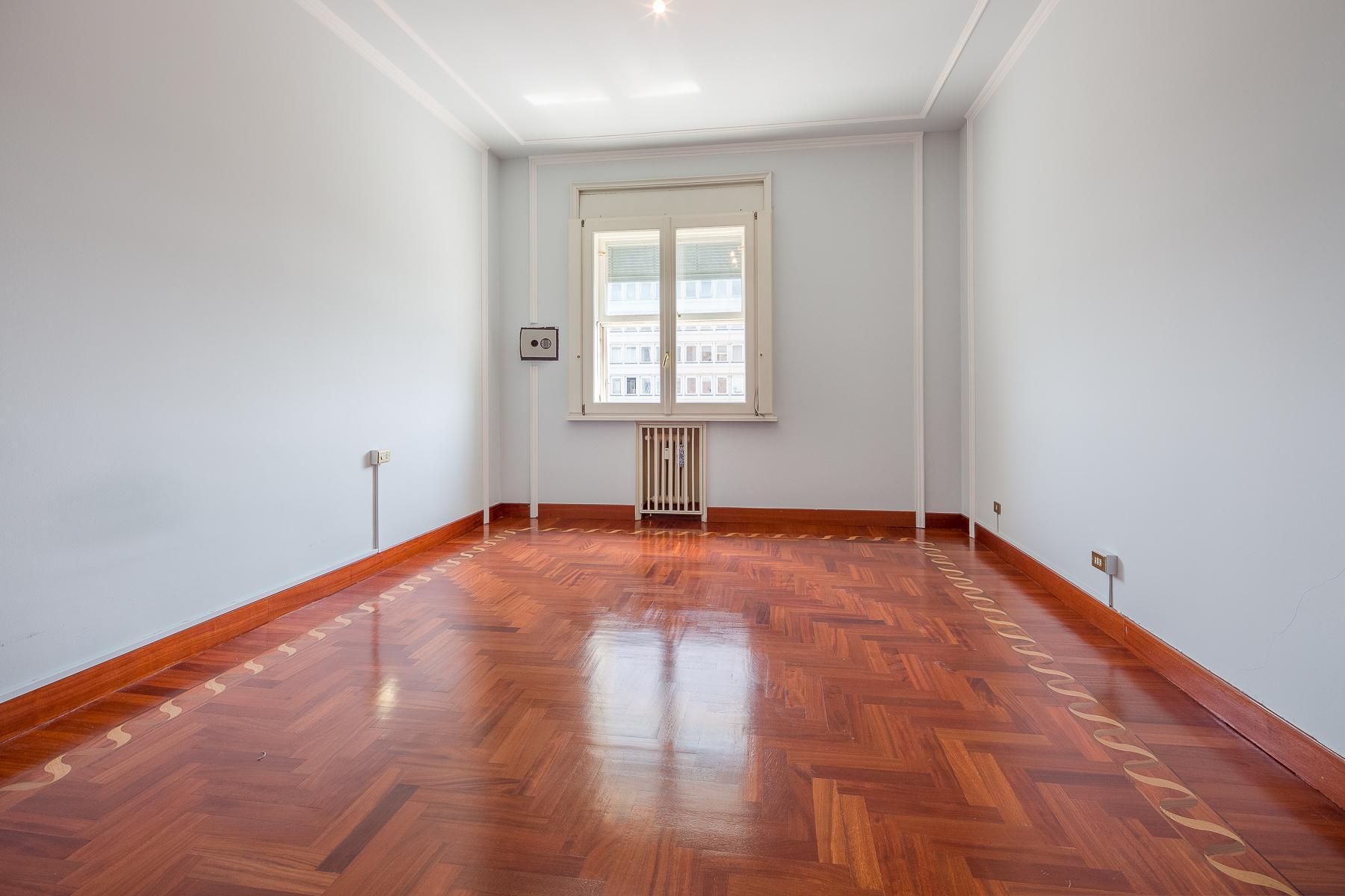 Exclusive apartment in Piazza della Repubblica - 16