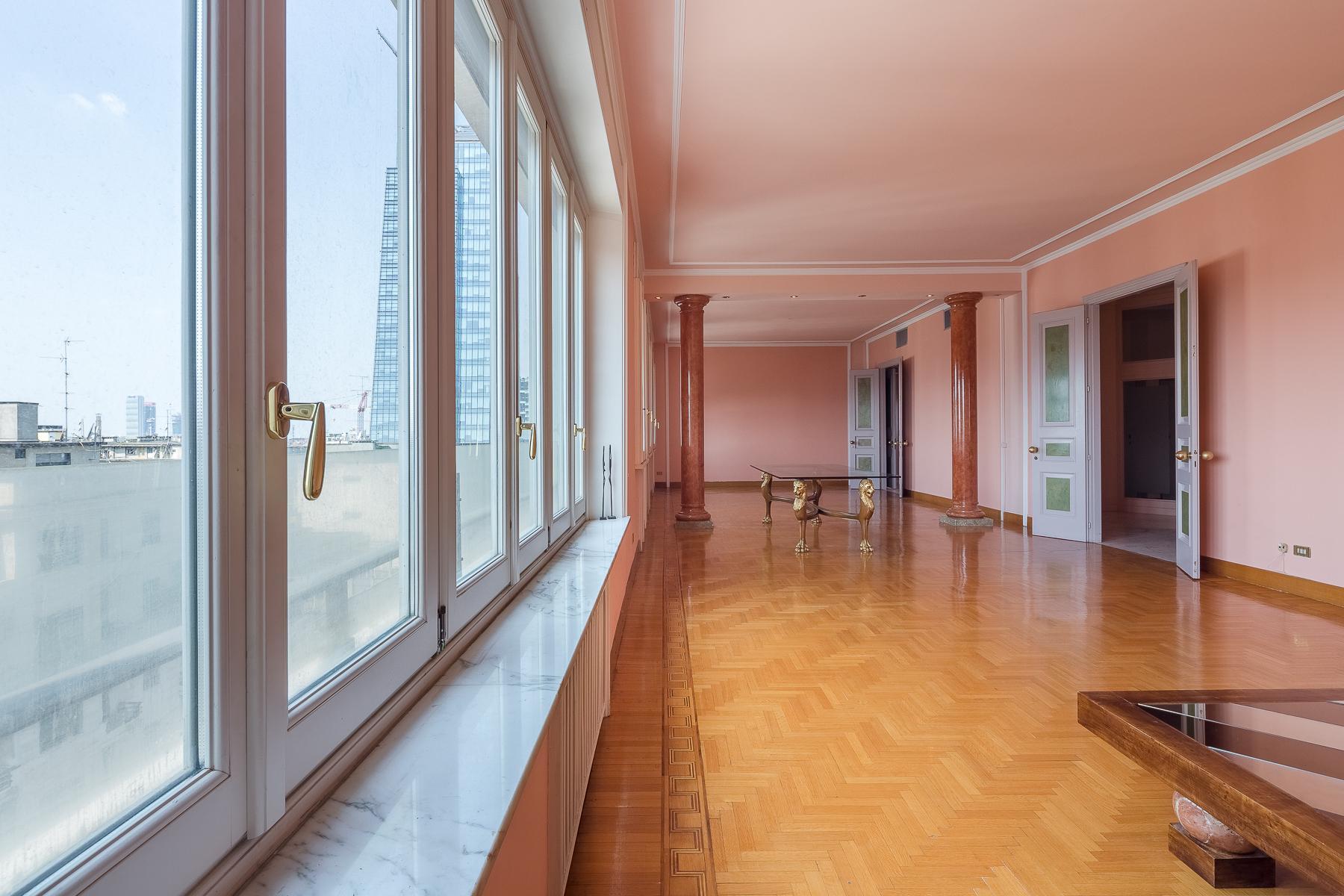 Exclusive apartment in Piazza della Repubblica - 8