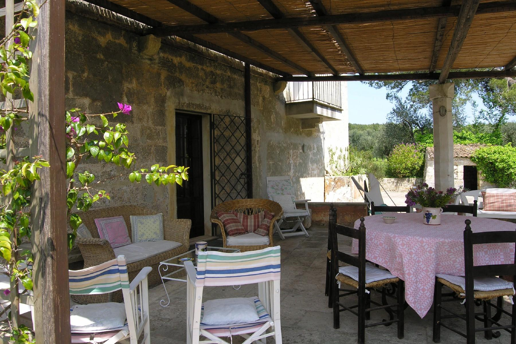 Typical country house with features of the Salento style - 4