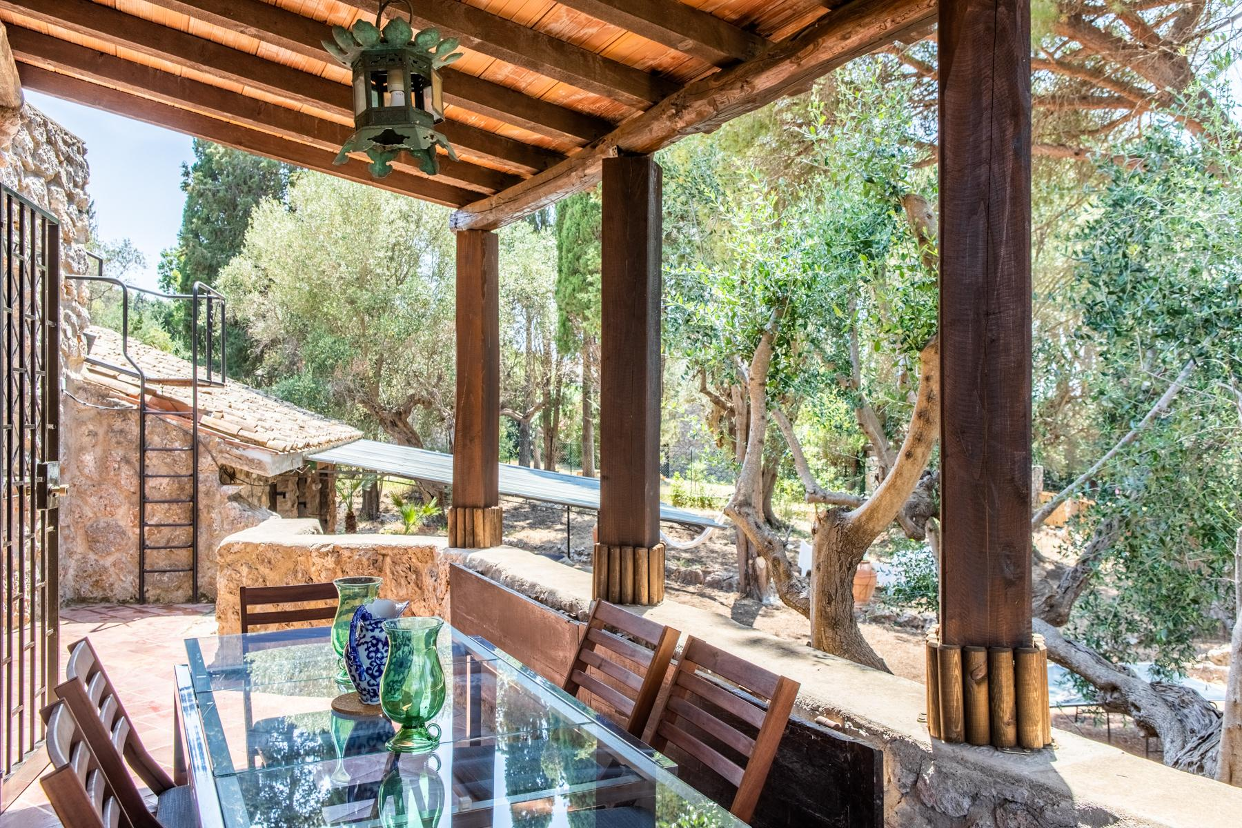 Charming stone villa with garden - 7