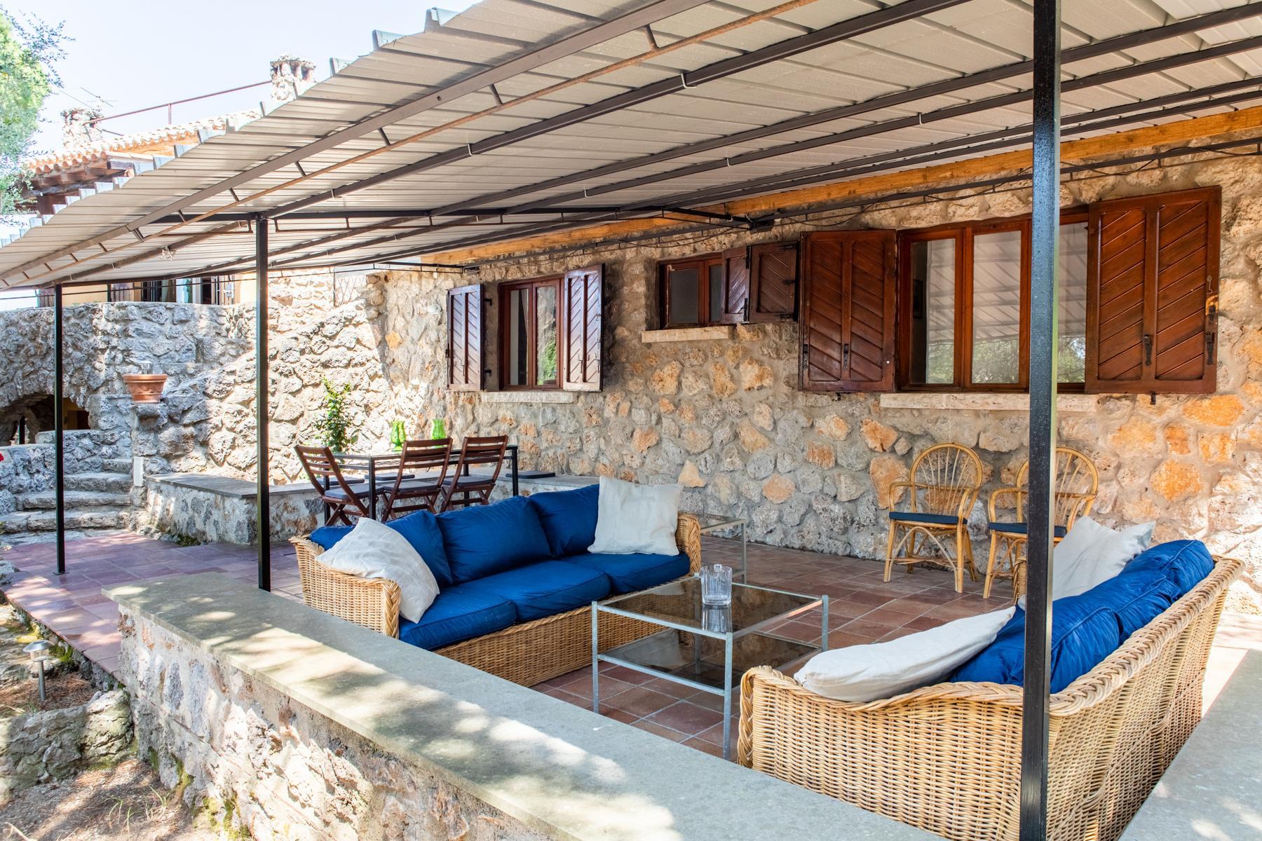 Charmante villa en pierre avec jardin - 4