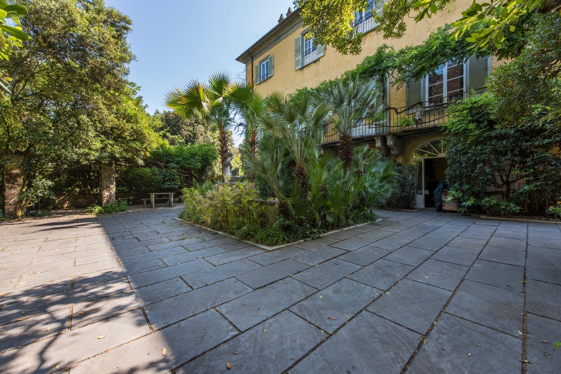 Historic beachfront villa in Forte dei Marmi - 6
