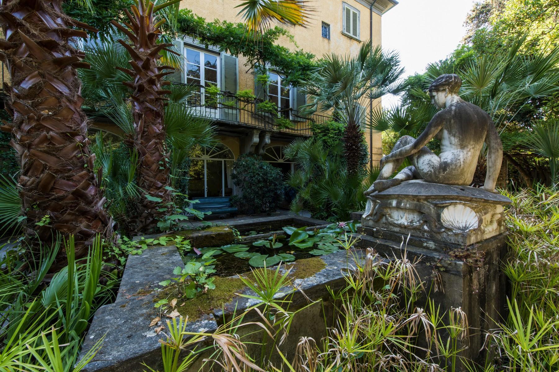 Historic beachfront villa in Forte dei Marmi - 4