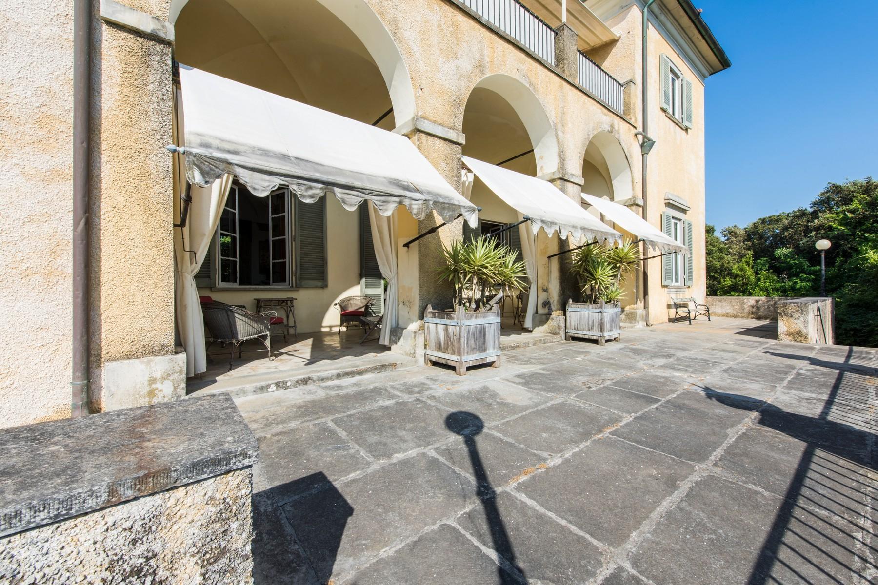 Villa historique en bord de mer à Forte dei Marmi - 20