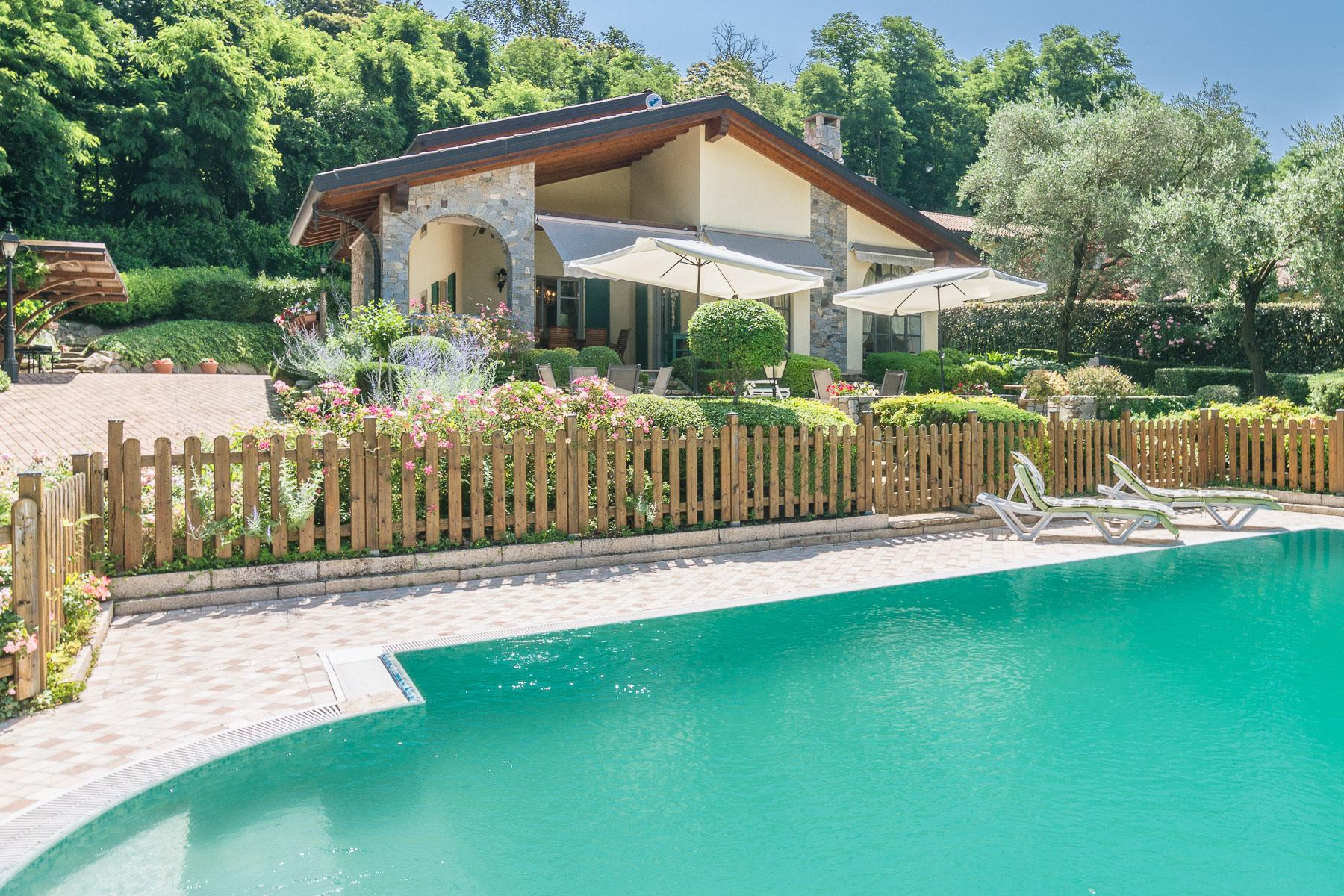 Elegant villa with pool on the Lombardy side of Lake Maggiore - 24