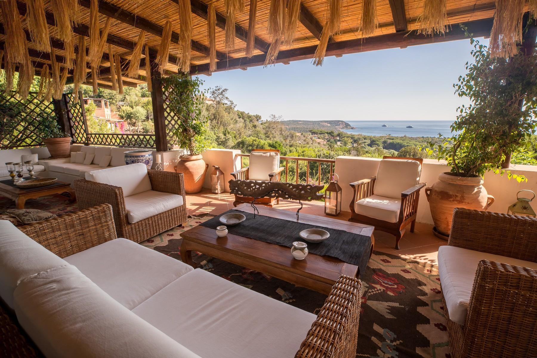 Porto Cervo Pantogia Prestigious sea view Villa immersed in the green - 5