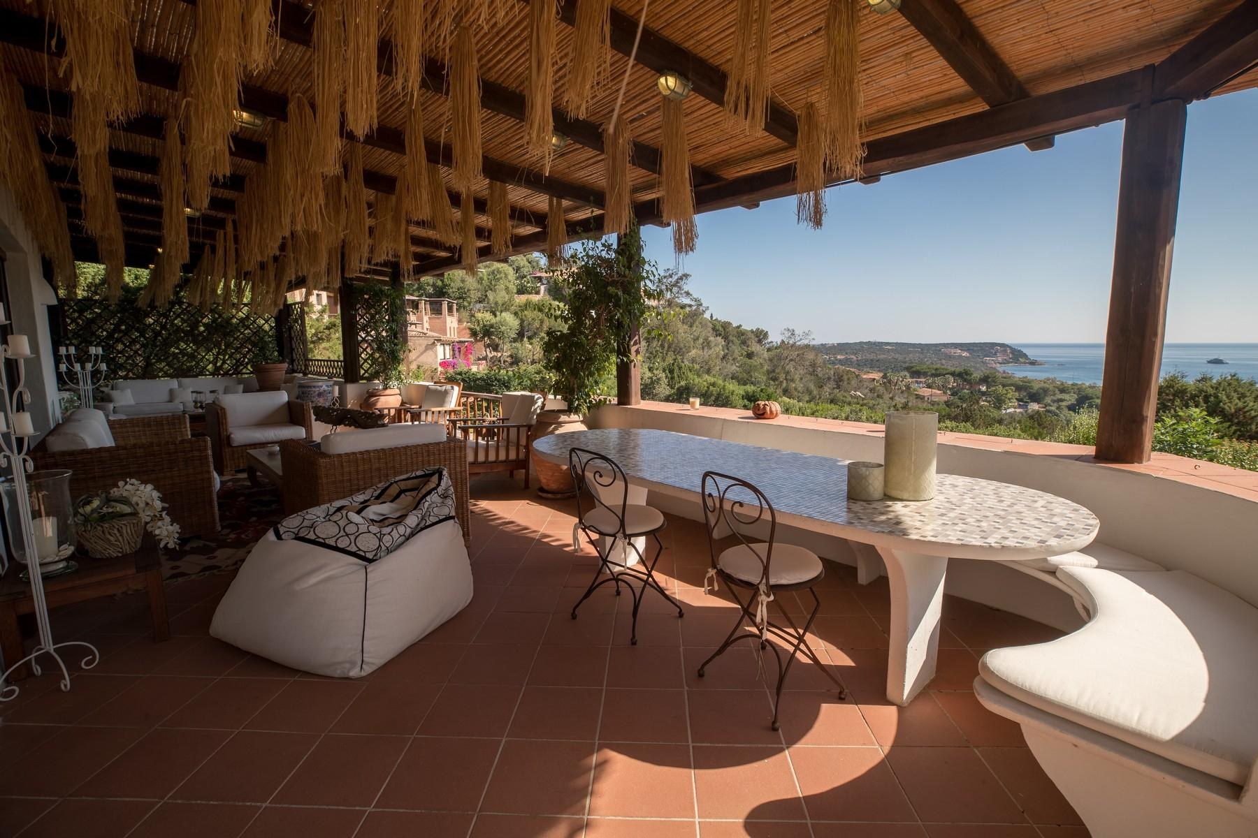 Porto Cervo Pantogia Prestigious sea view Villa immersed in the green - 6