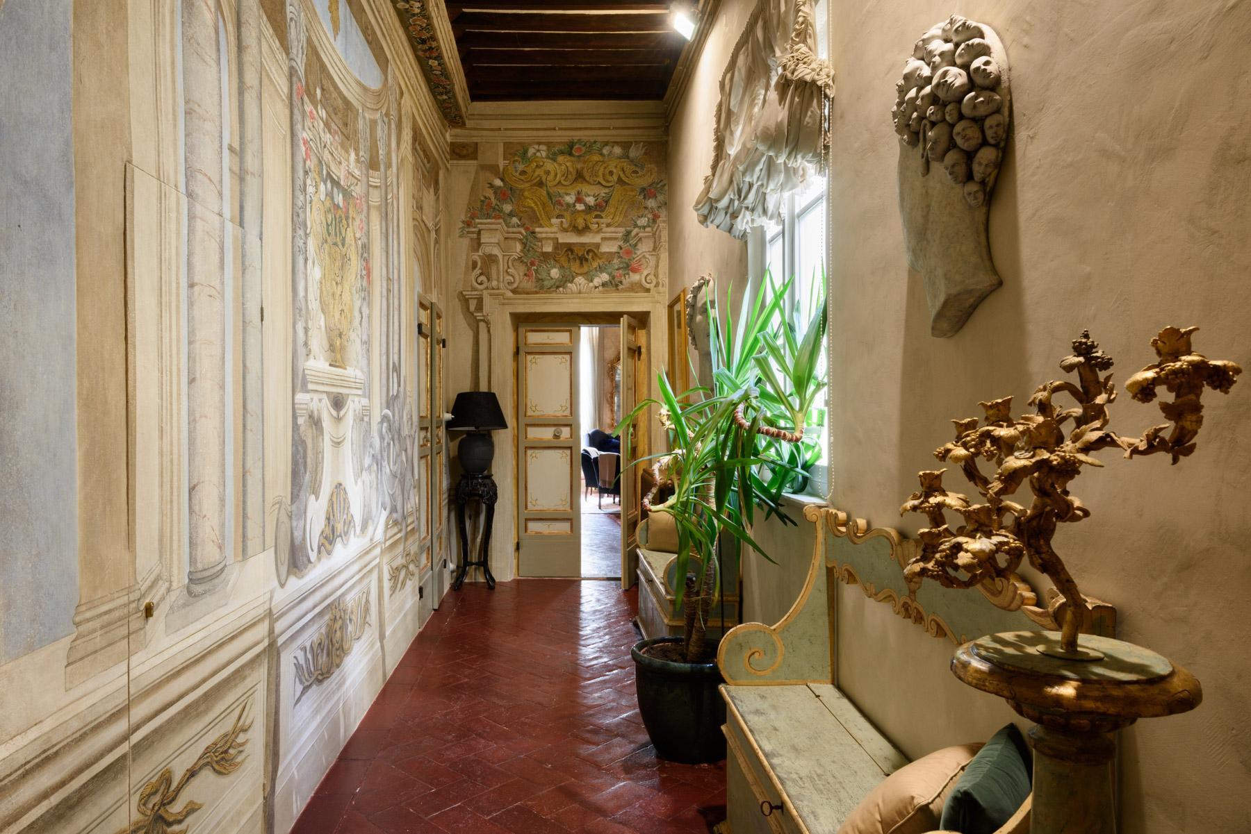 Unique Deluxe Historical Palazzo in Cortona - 10