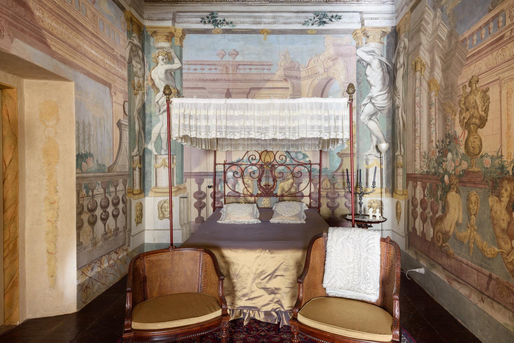 Unique Deluxe Historical Palazzo in Cortona - 14