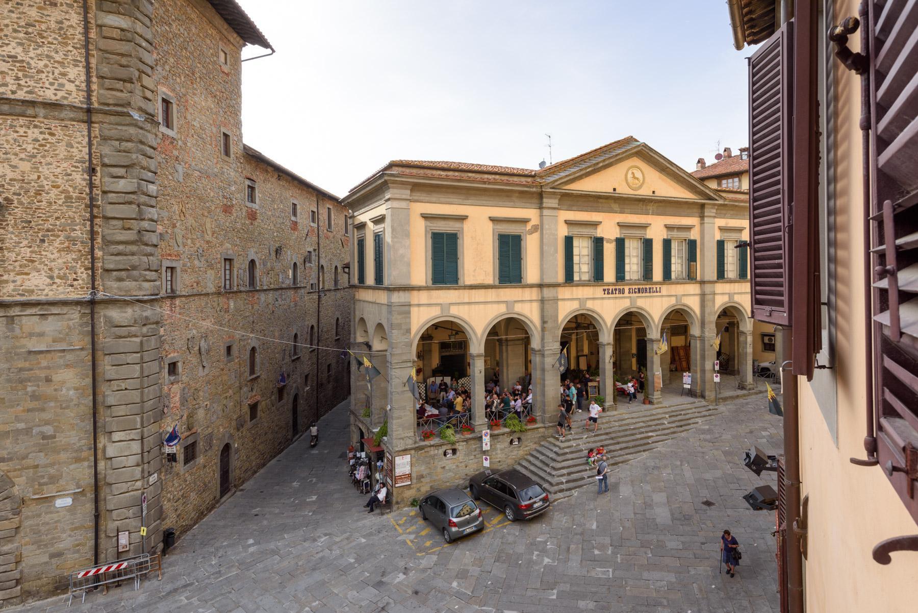 Unique Deluxe Historical Palazzo in Cortona - 22