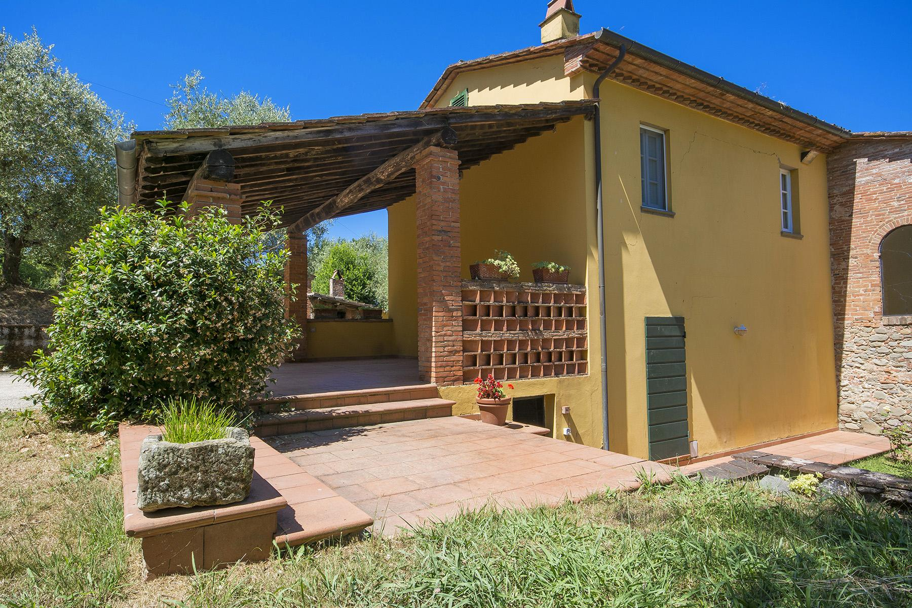 Beautiful farmhouse on the rolling hills of Lucca - 28