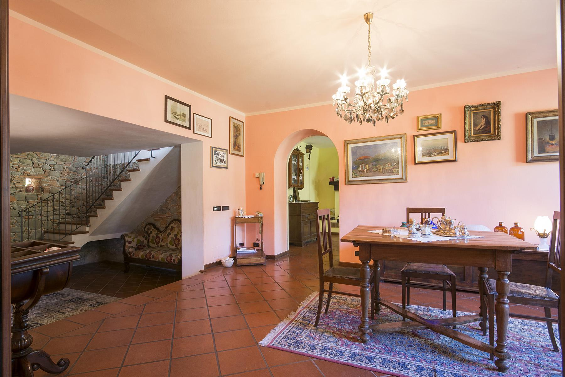 Beautiful farmhouse on the rolling hills of Lucca - 22