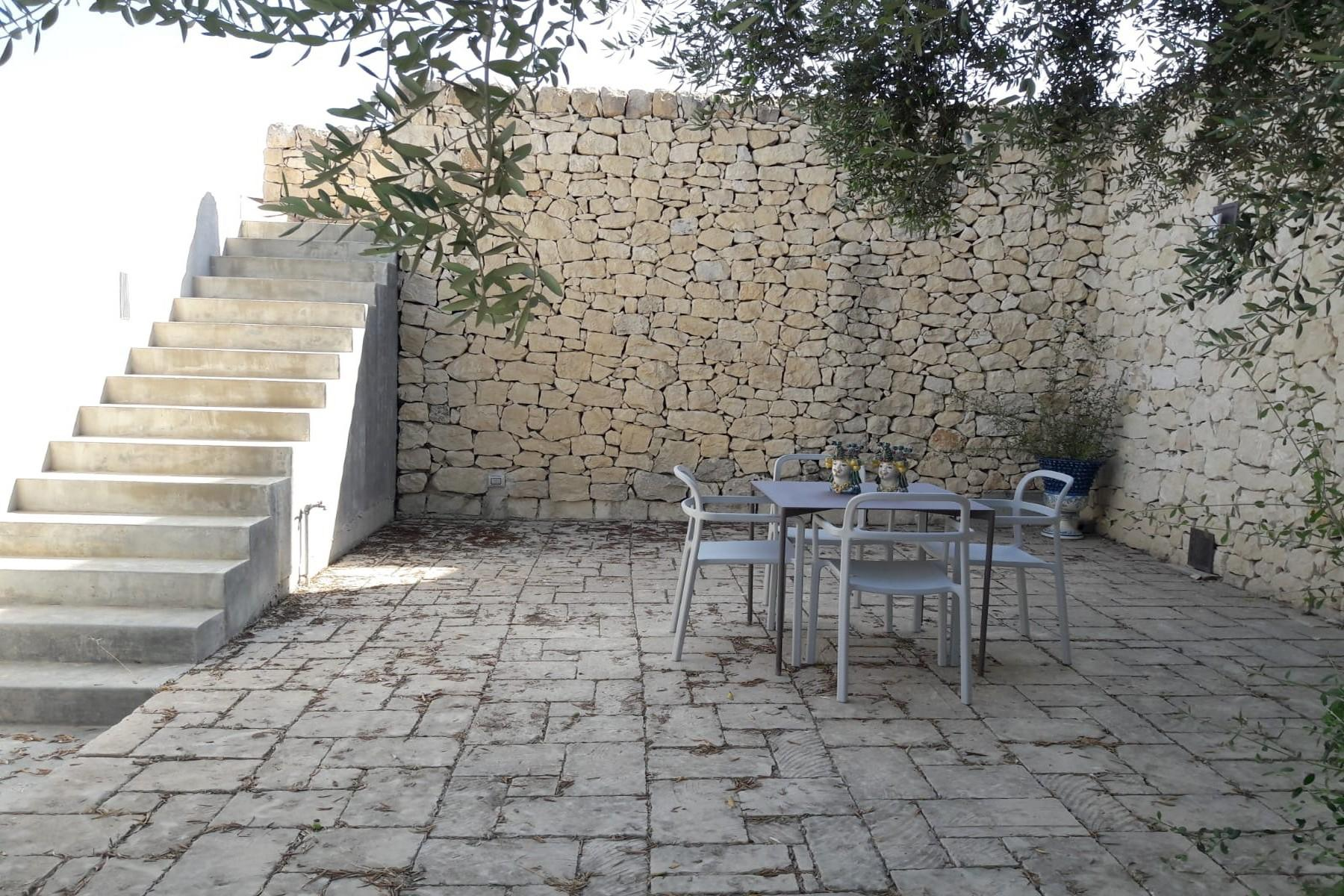 Noto Design villa overlooking Vendicari Natural Wildlife Reserve - 8
