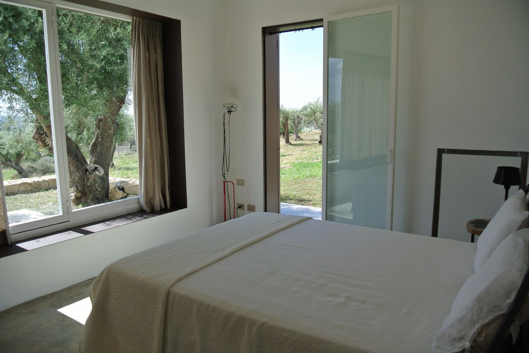 Elegante Design-Villa mit Blick auf das Vendicari-Reservat - 12