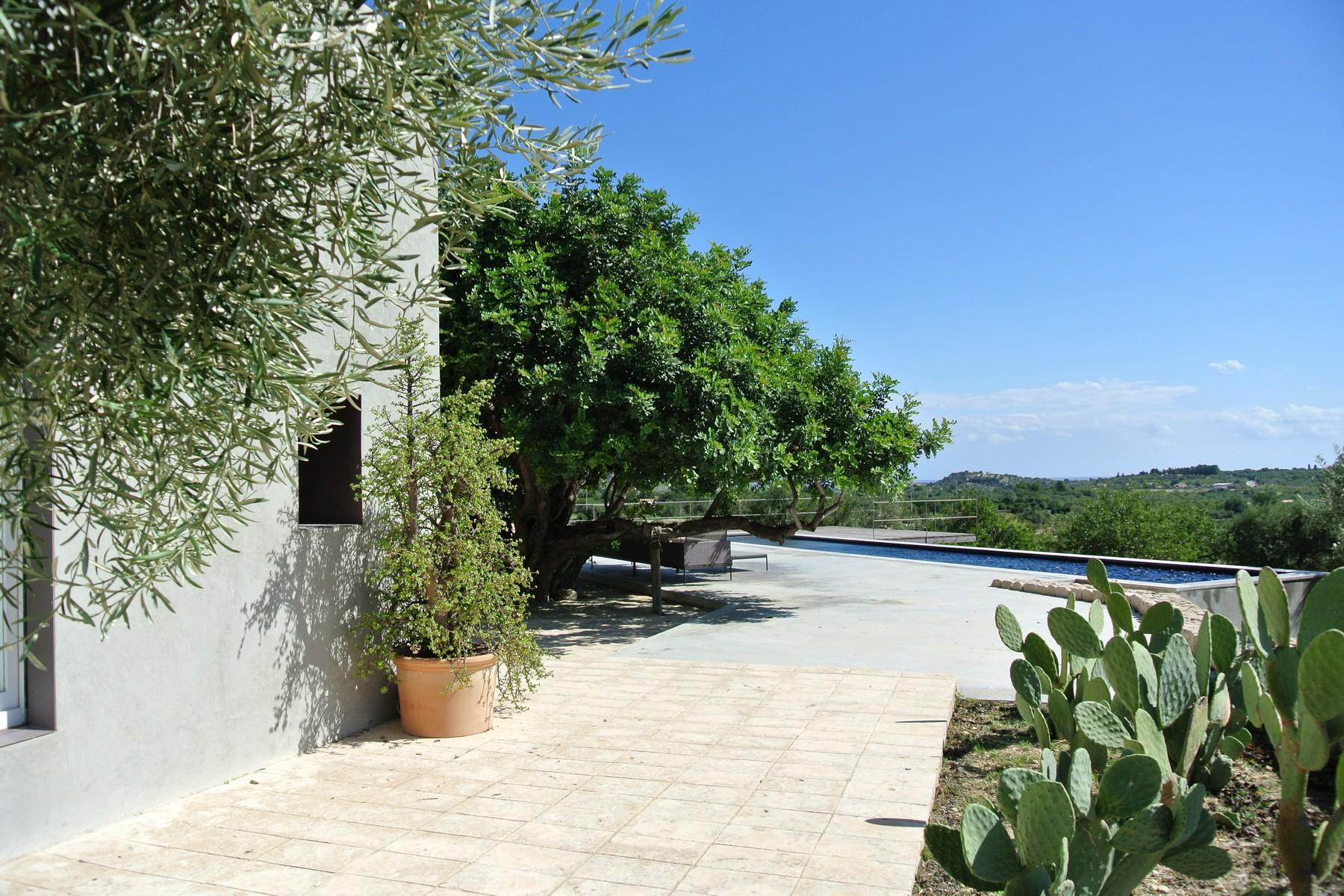 Elegante Design-Villa mit Blick auf das Vendicari-Reservat - 23