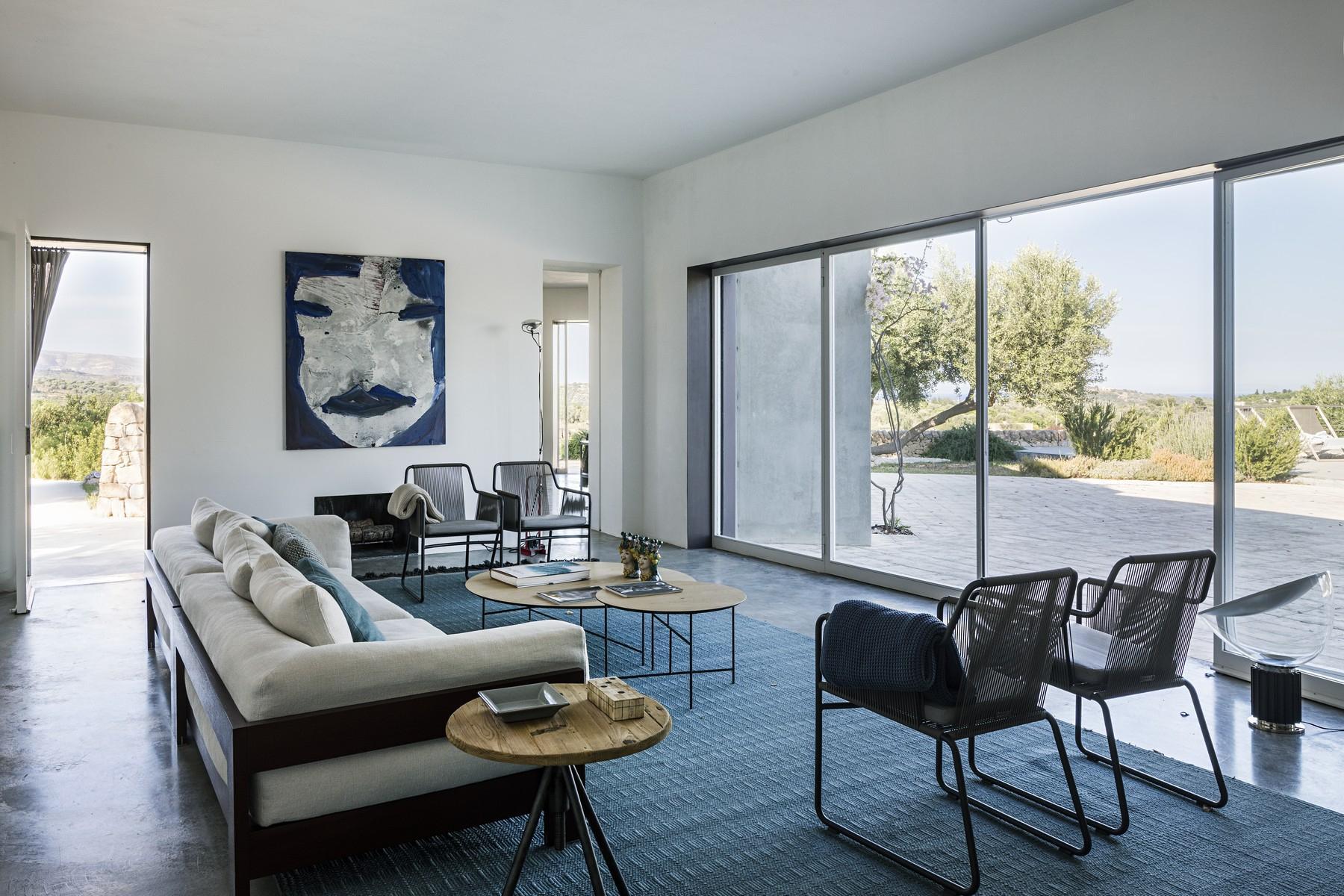 Elegante Design-Villa mit Blick auf das Vendicari-Reservat - 26