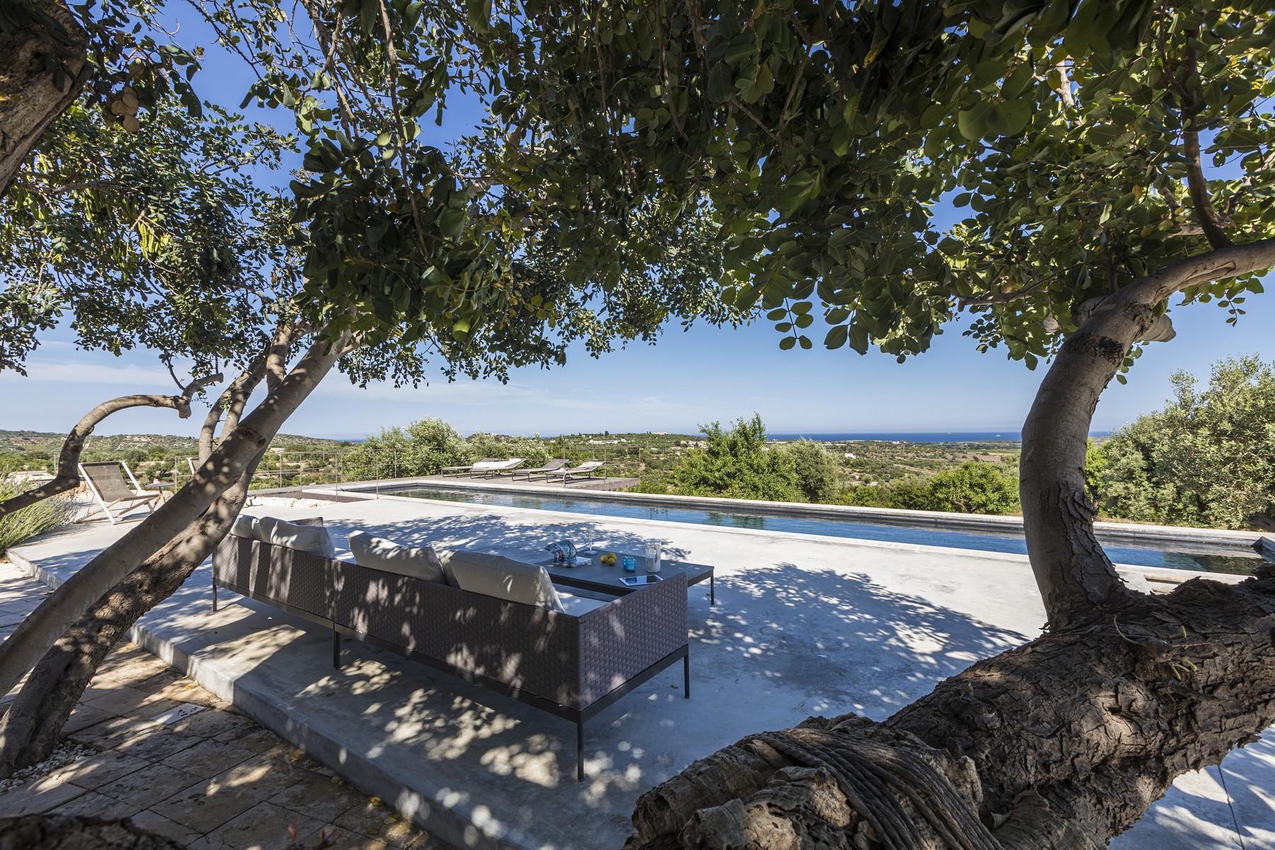 Elegante Design-Villa mit Blick auf das Vendicari-Reservat - 22
