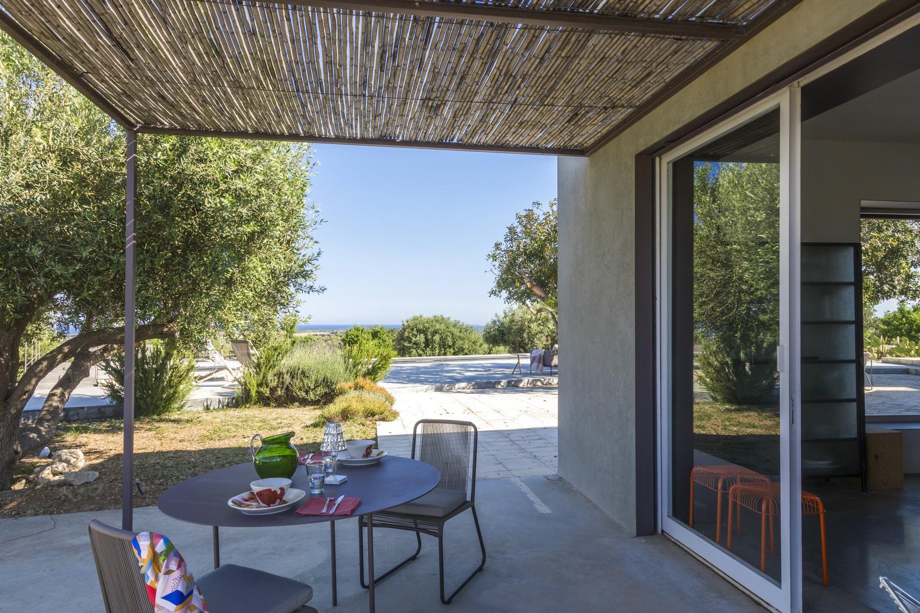 Elegante Design-Villa mit Blick auf das Vendicari-Reservat - 27
