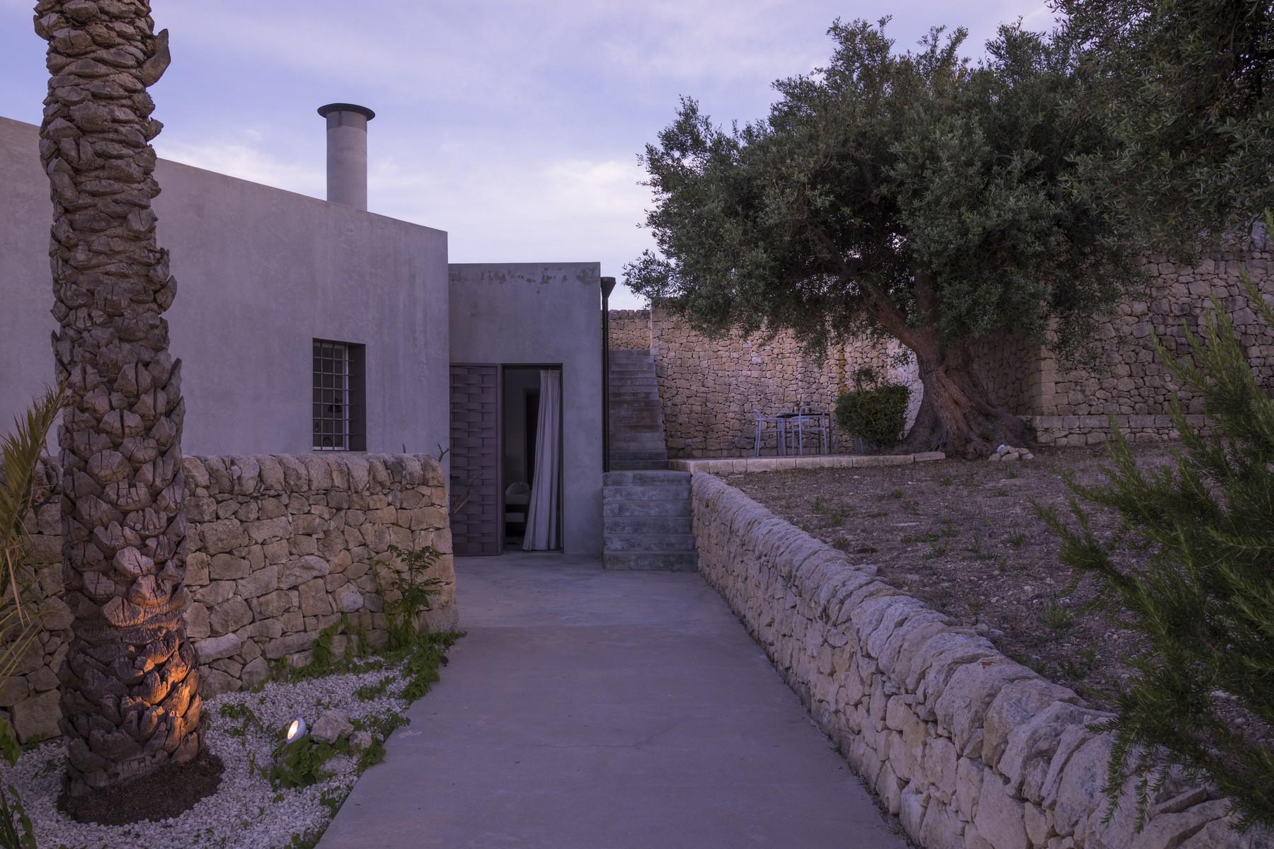 Elegante Design-Villa mit Blick auf das Vendicari-Reservat - 33