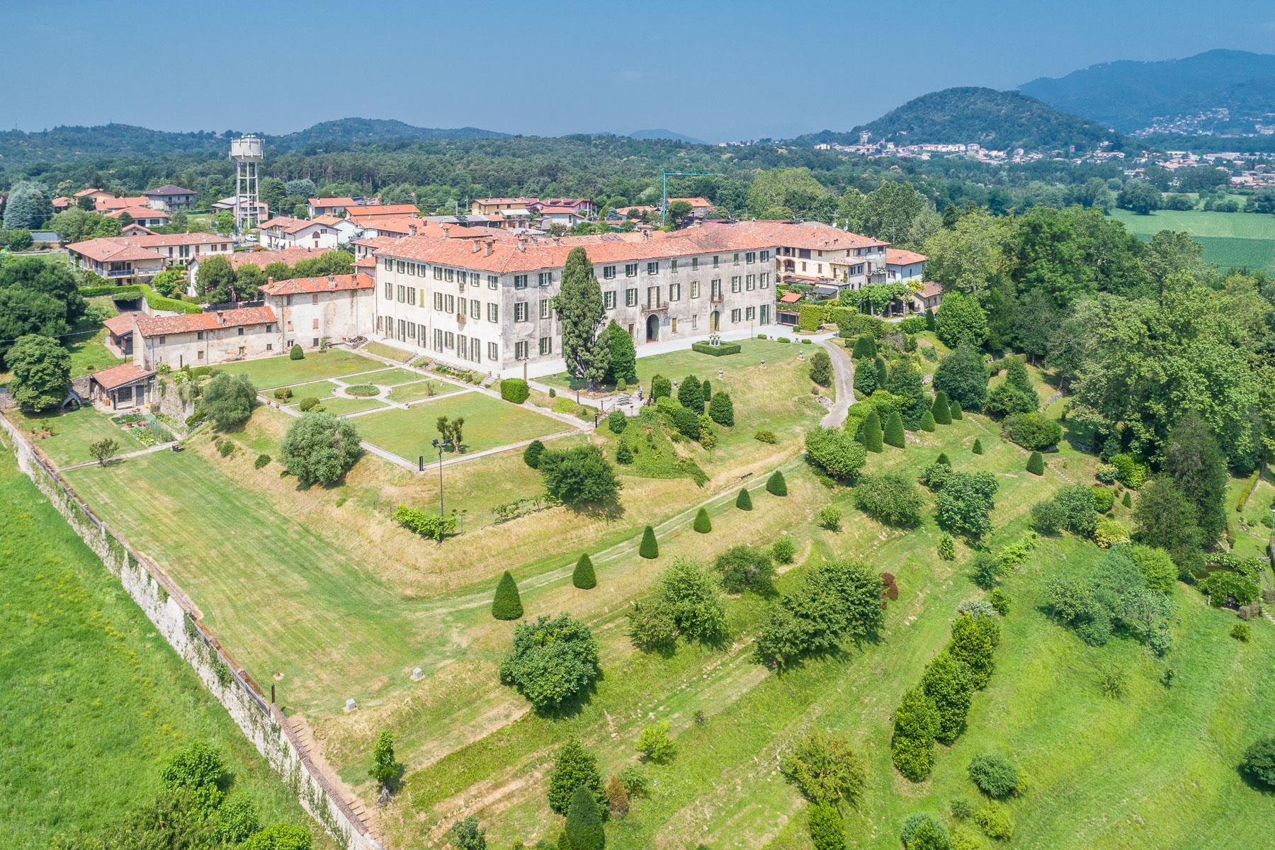Villa storica del XVII secolo in Alzate Brianza - 10