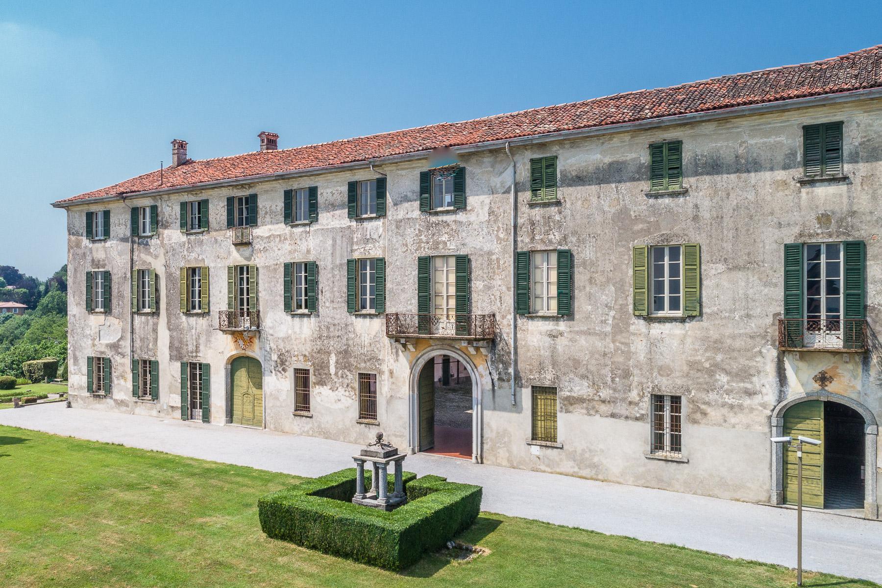 Villa storica del XVII secolo in Alzate Brianza - 11