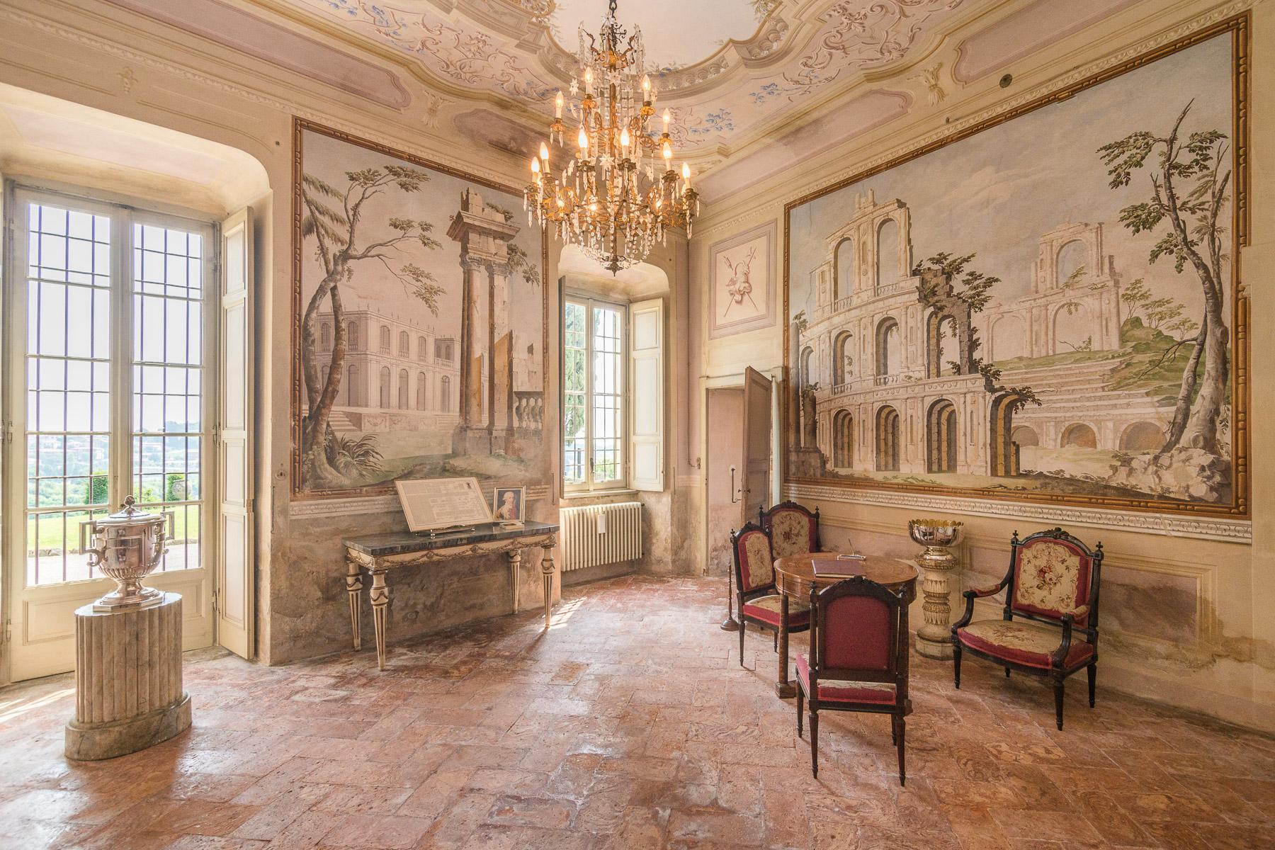 Villa storica del XVII secolo in Alzate Brianza - 9