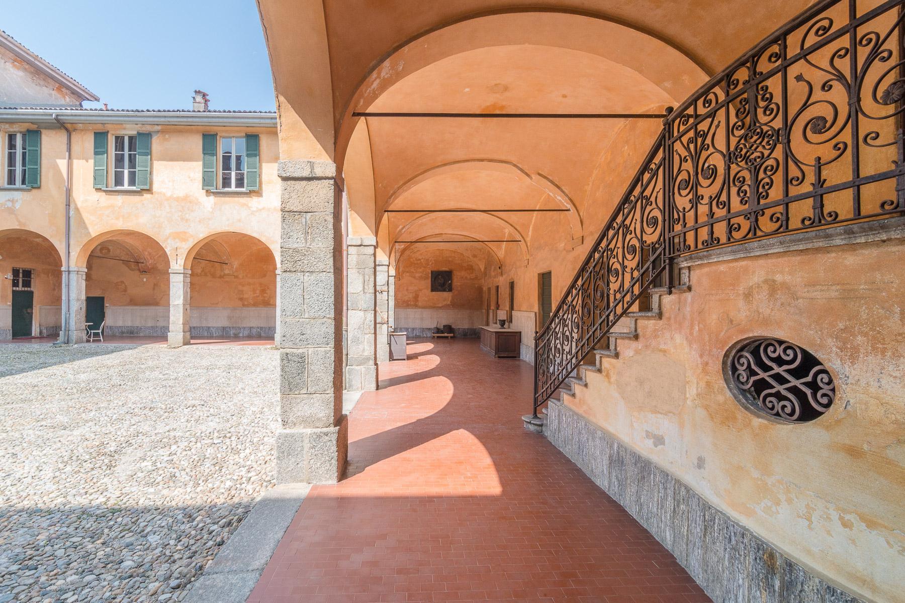 Villa storica del XVII secolo in Alzate Brianza - 3