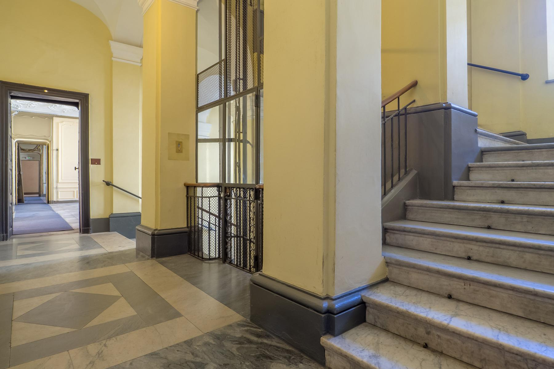Prestigious office in the center of Turin - 18