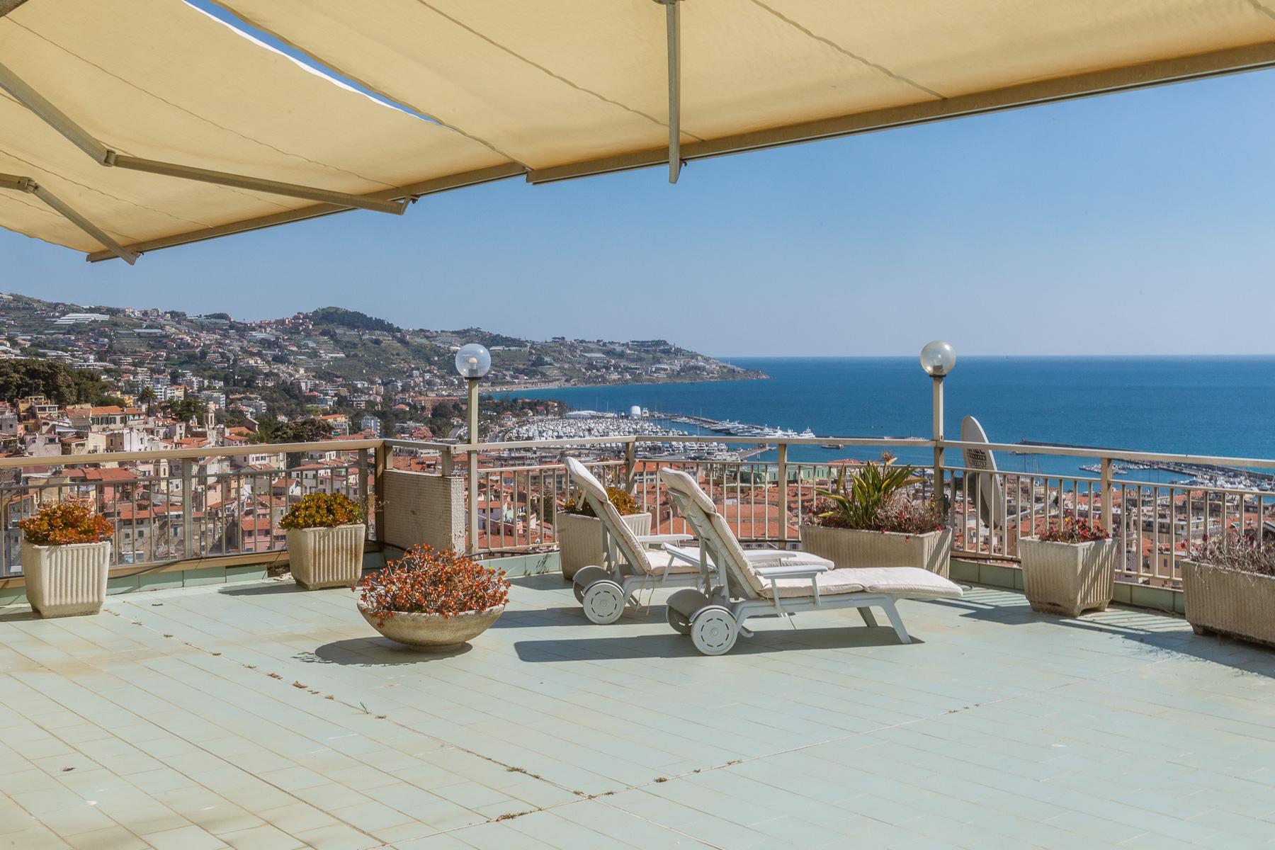Appartement panoramique avec terrasse d'environ 80 mq - 2