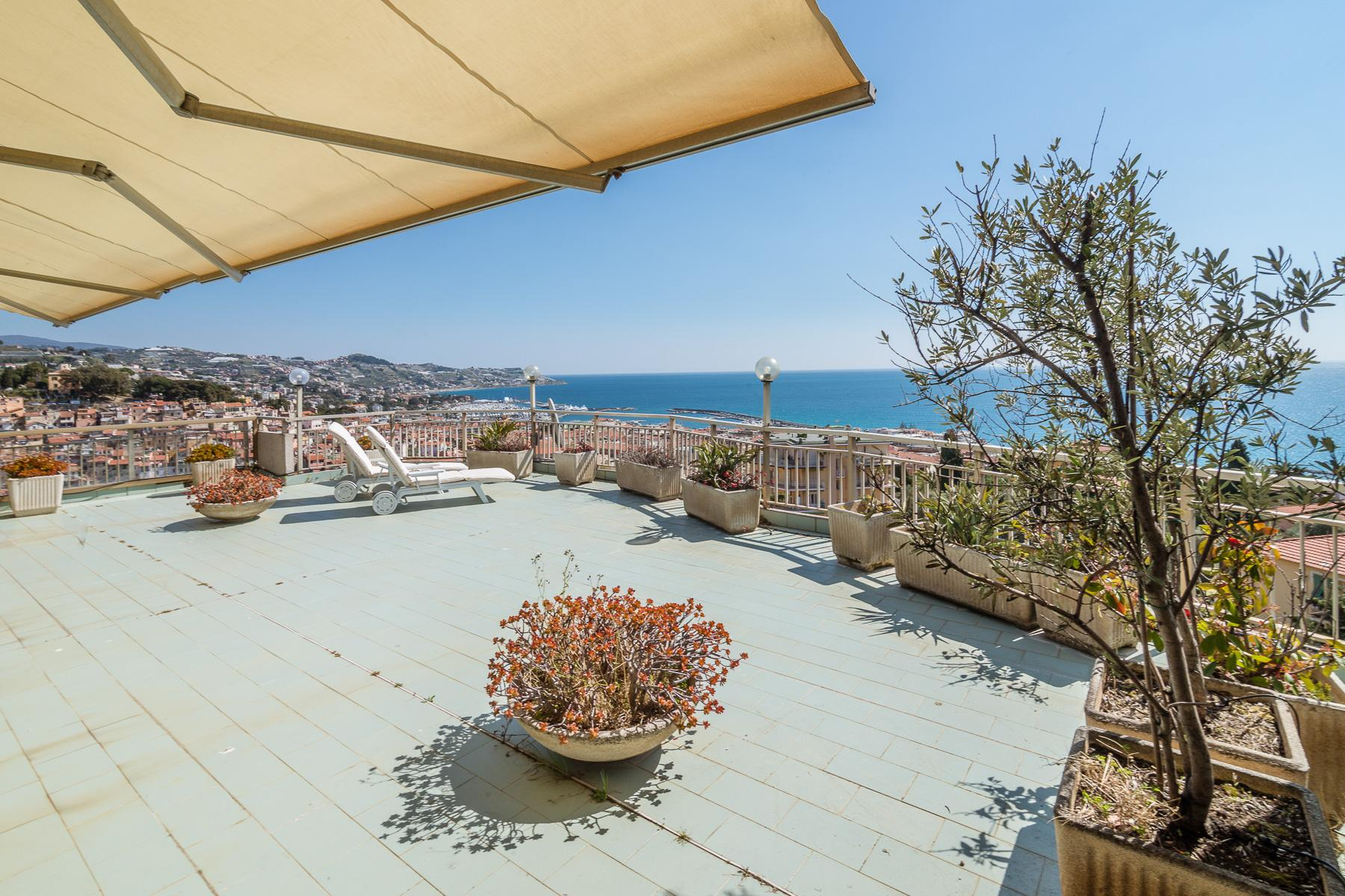 Panoramic apartment with terrace of around 80 sqm - 6