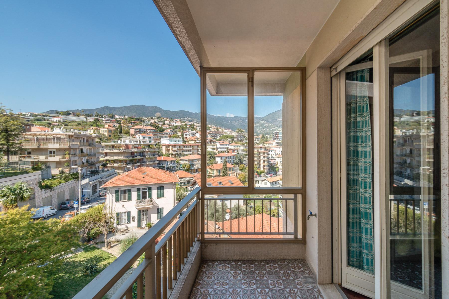 Panoramico appartamento con terrazzo al piano di circa 80 mq - 13