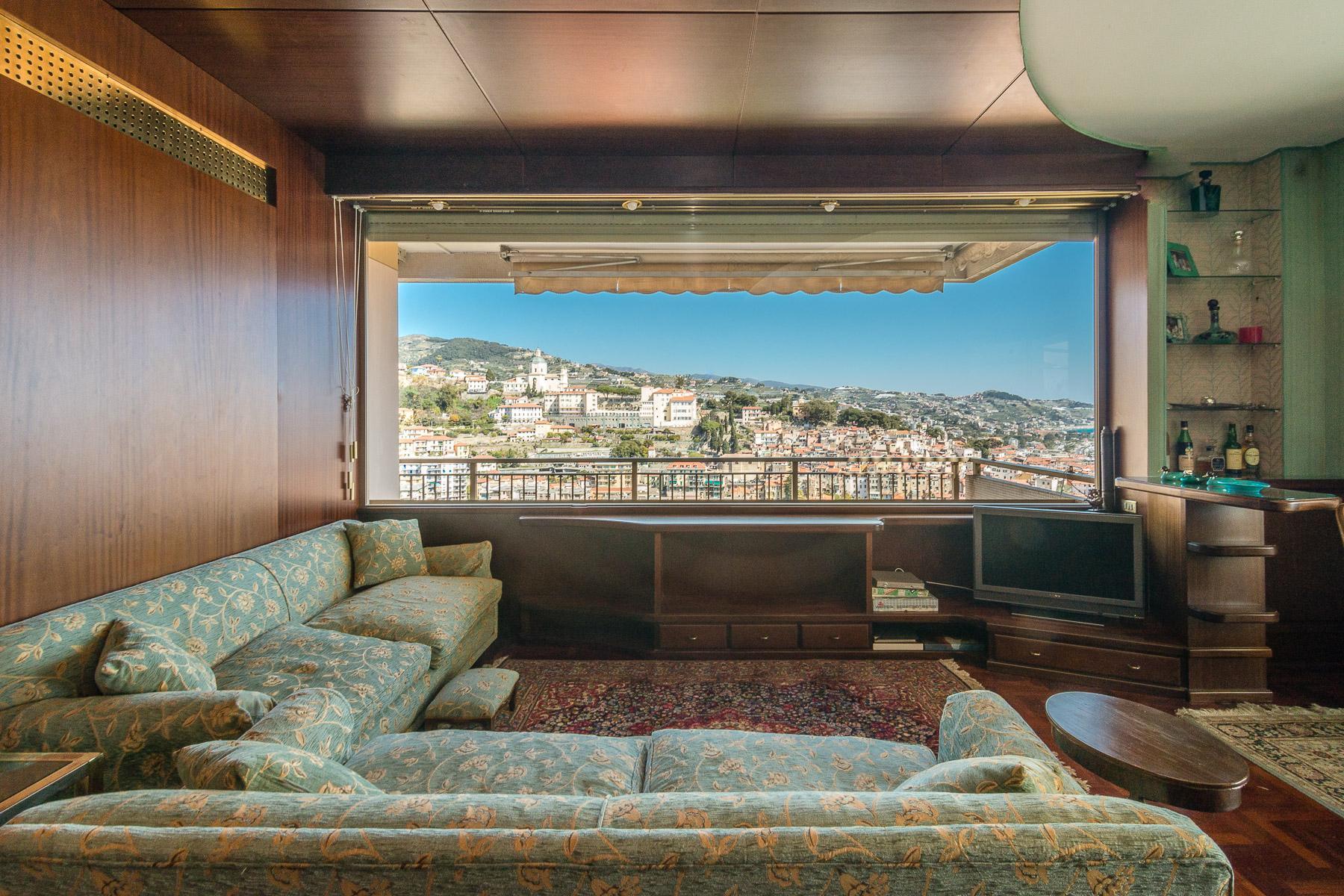 Panoramico appartamento con terrazzo al piano di circa 80 mq - 11