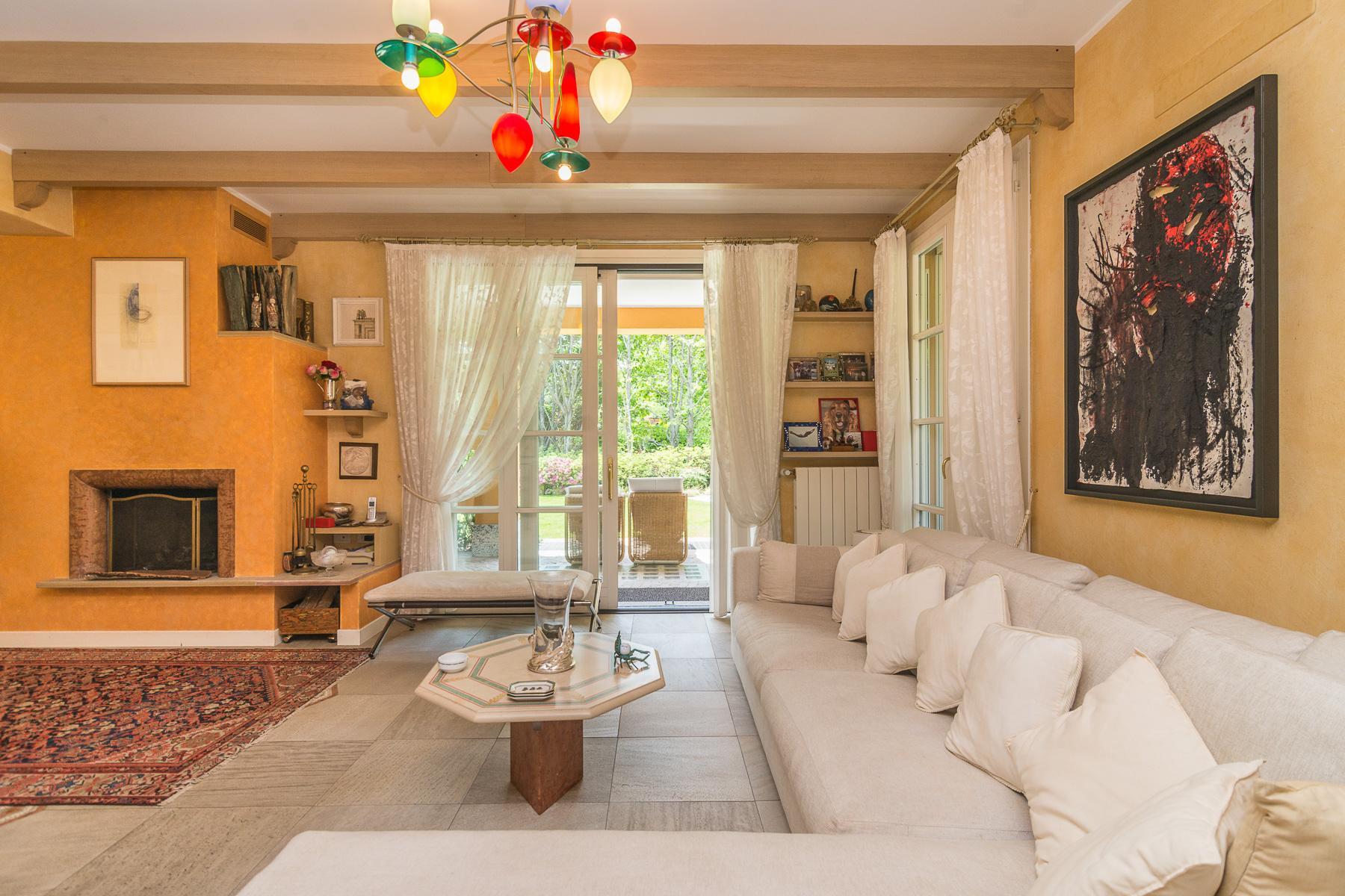 Golf Club de Castelconturbia, maison individuelle de 300 m² avec jardin de 1500 m² et jacuzzi - 12