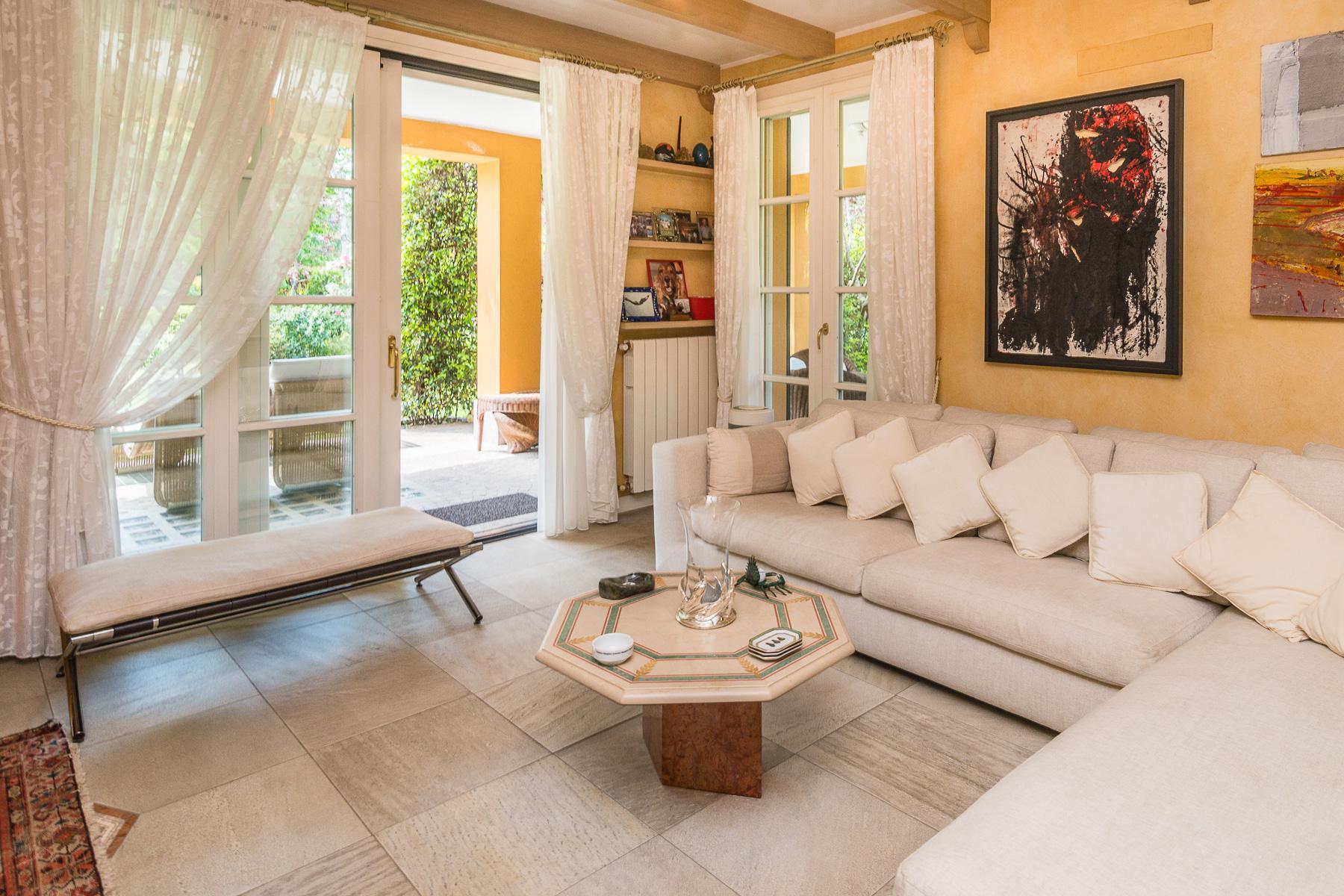 Golf Club Castelconturbia, splendida villa di 300 mq con giardino di 1500 mq e jacuzzi - 13
