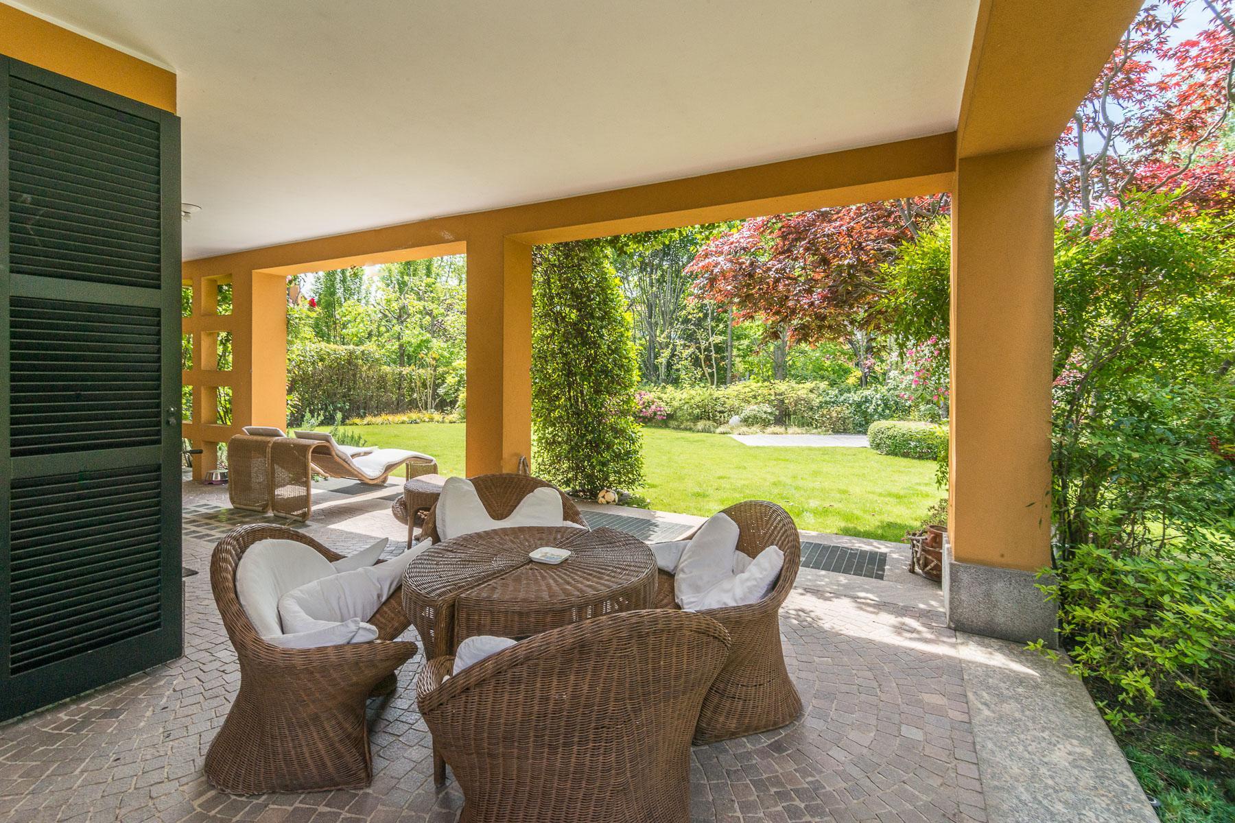 Golf Club Castelconturbia, splendida villa di 300 mq con giardino di 1500 mq e jacuzzi - 10