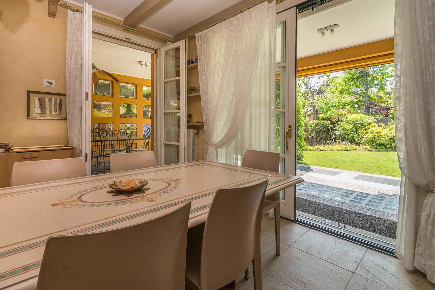 Golf Club de Castelconturbia, maison individuelle de 300 m² avec jardin de 1500 m² et jacuzzi - 16