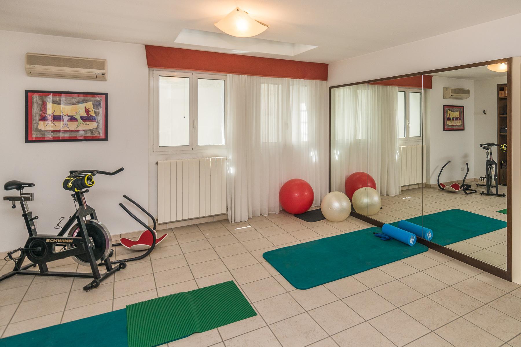 Golf Club de Castelconturbia, maison individuelle de 300 m² avec jardin de 1500 m² et jacuzzi - 24