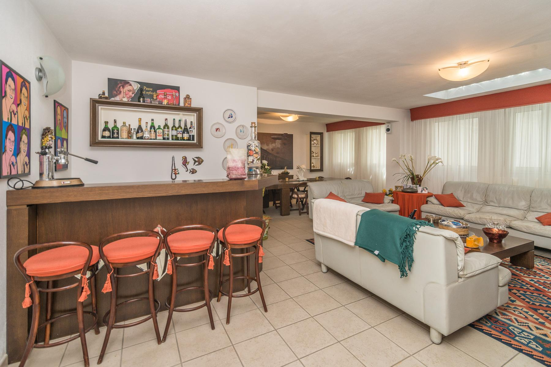 Golf Club de Castelconturbia, maison individuelle de 300 m² avec jardin de 1500 m² et jacuzzi - 28