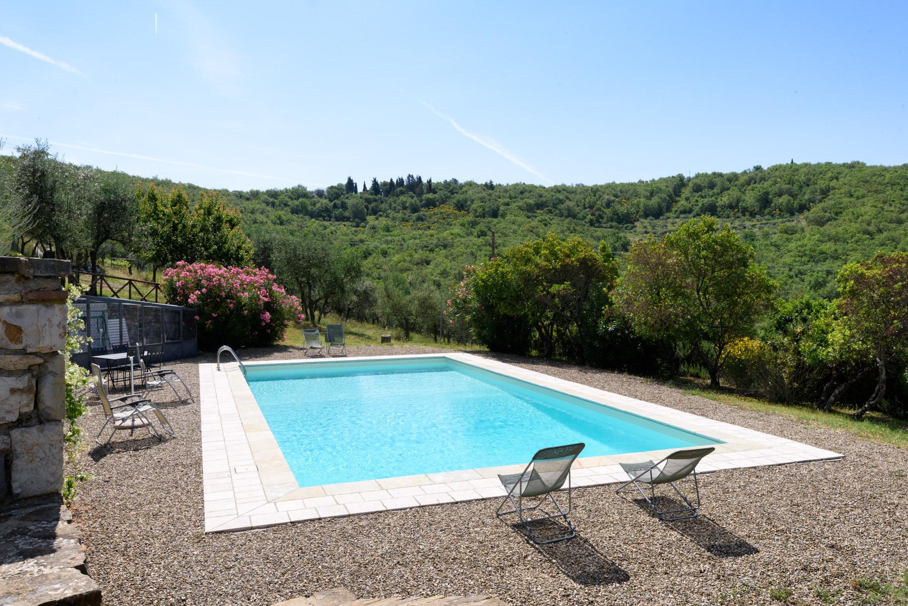 Enchanting farm in the heart of Chianti - 3