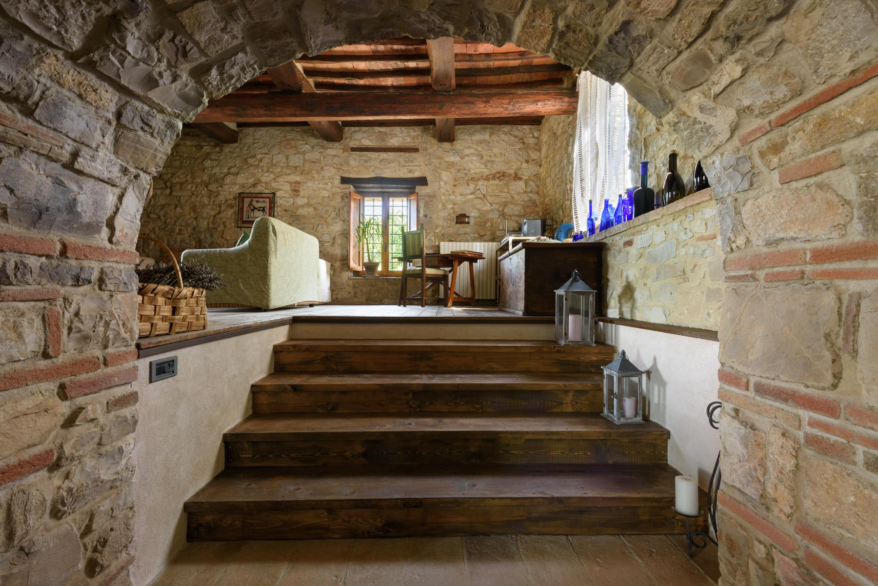 Enchanting farm in the heart of Chianti - 12