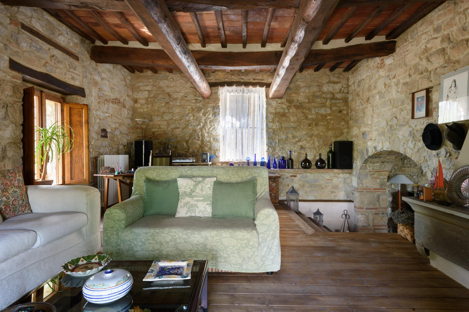 Enchanting farm in the heart of Chianti - 13