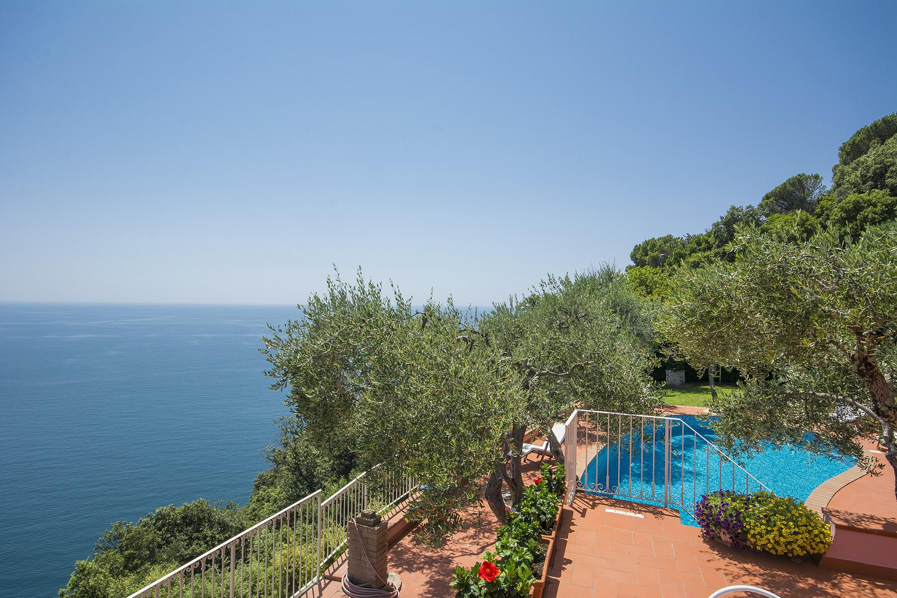 Charming luxury villa with swimming pool overlooking the Ligurian sea - 3